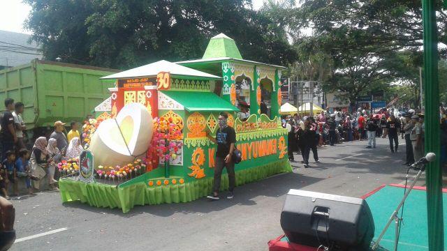 Pawai Taaruf MTQ ke XXVII Tahun 2017 Di Pasuruan